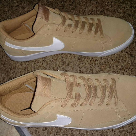 best website 139c0 331fc Nike Blazer Low Suede Sail Elemental Gold w/ White